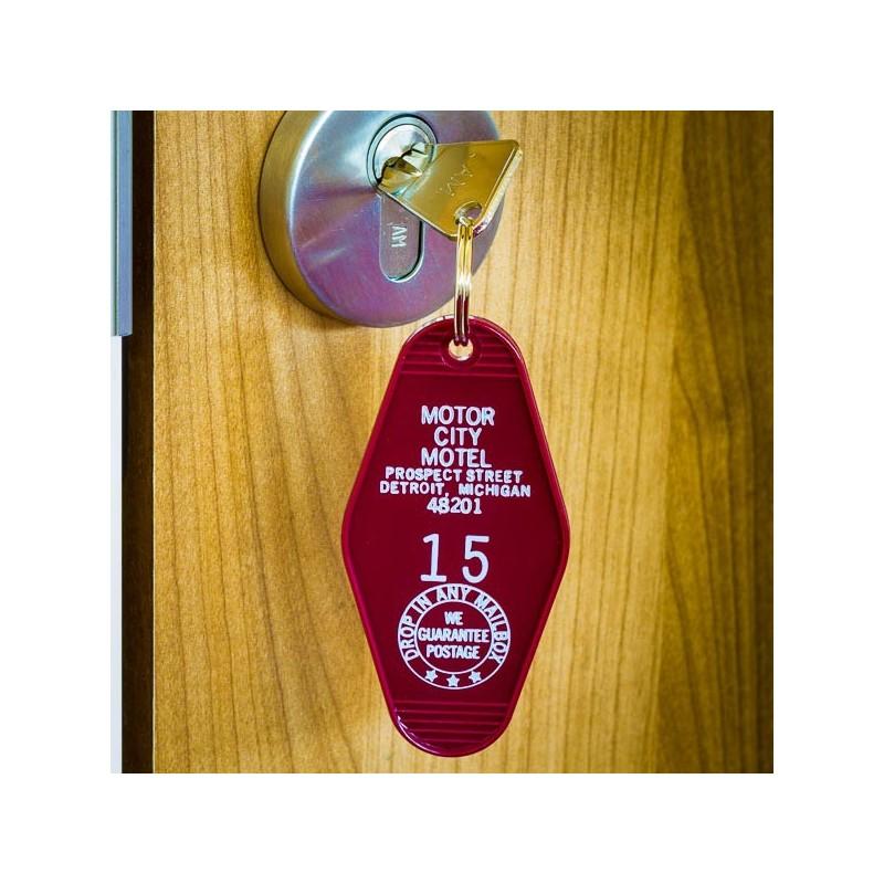 Key Tag Red Parrot Motel Florida⎟ Le Comptoir Americain