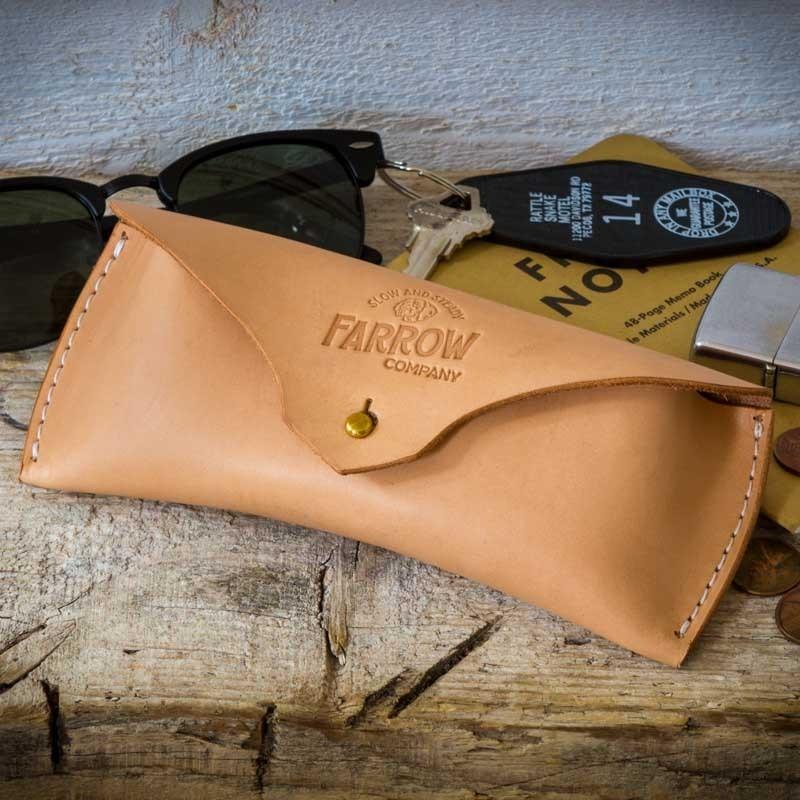 Etui à lunettes cuir naturel - Farrow Co - made in USA - Le Comptoir ... 217c0d713069