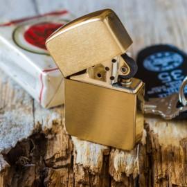 Lighter ZIPPO 1941 replica Brass Made in USA